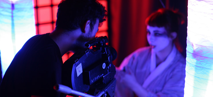This film and photography course develops practical camera skills involved in cinematography through practical projects using a range of film cameras.